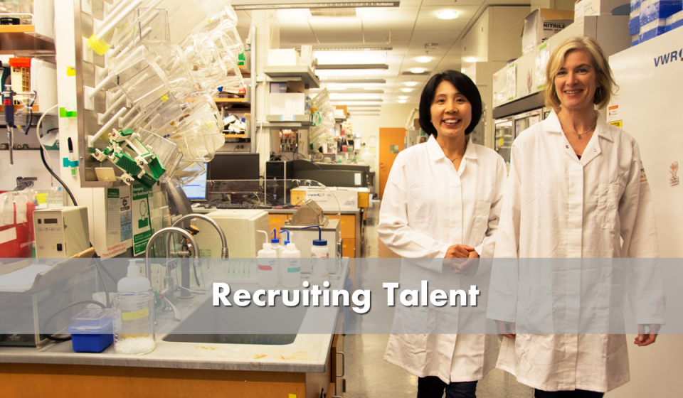 Recruit talent - picture of female scientists